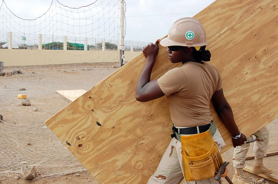 What is Plywood Made Of