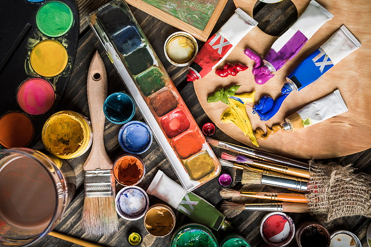 can acrylic paint be used on wood