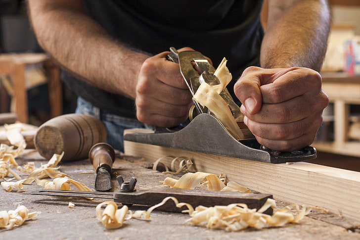 essential tools for small woodworking shop