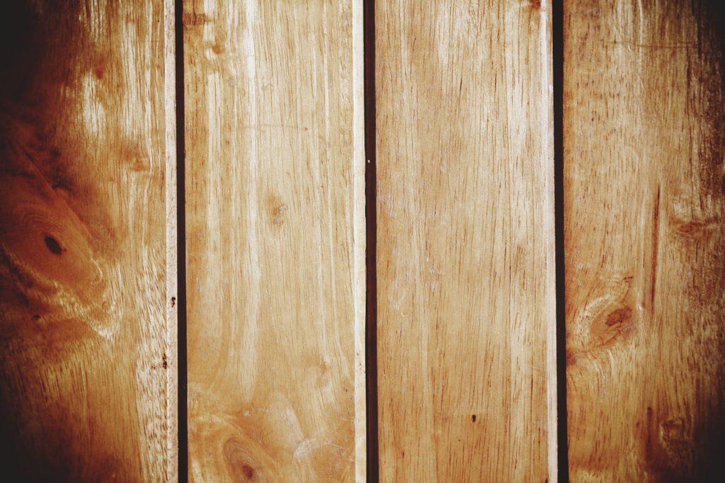 how to lighten dark stained wood