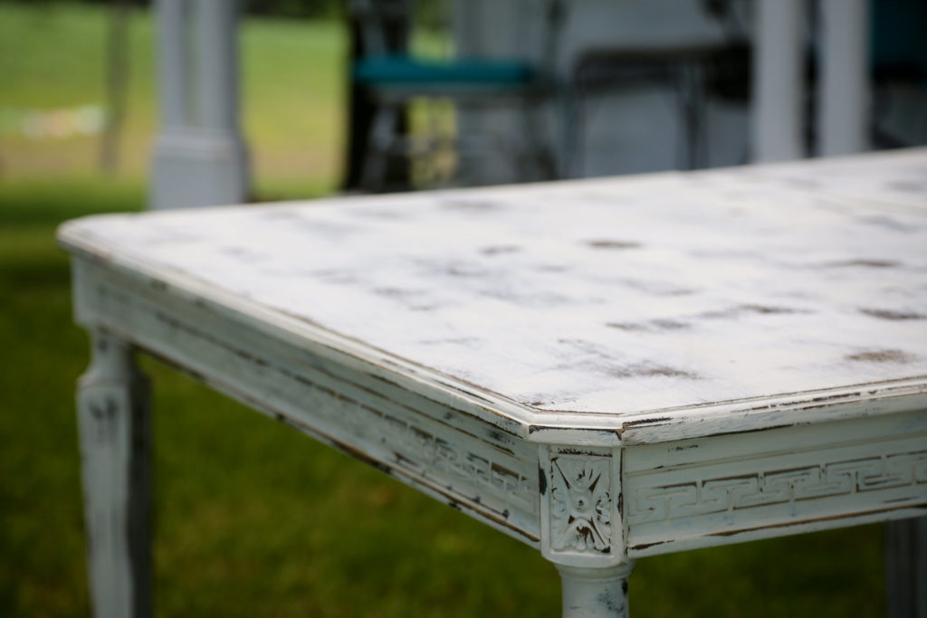 how to distress furniture with chalk paint