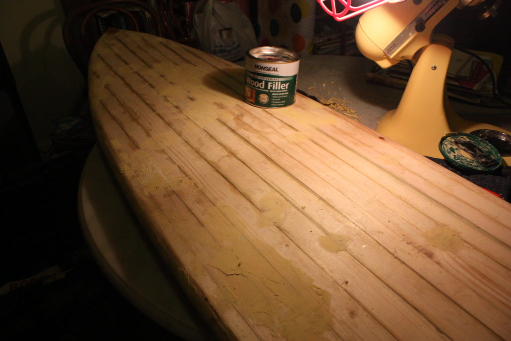 how to use wood filler