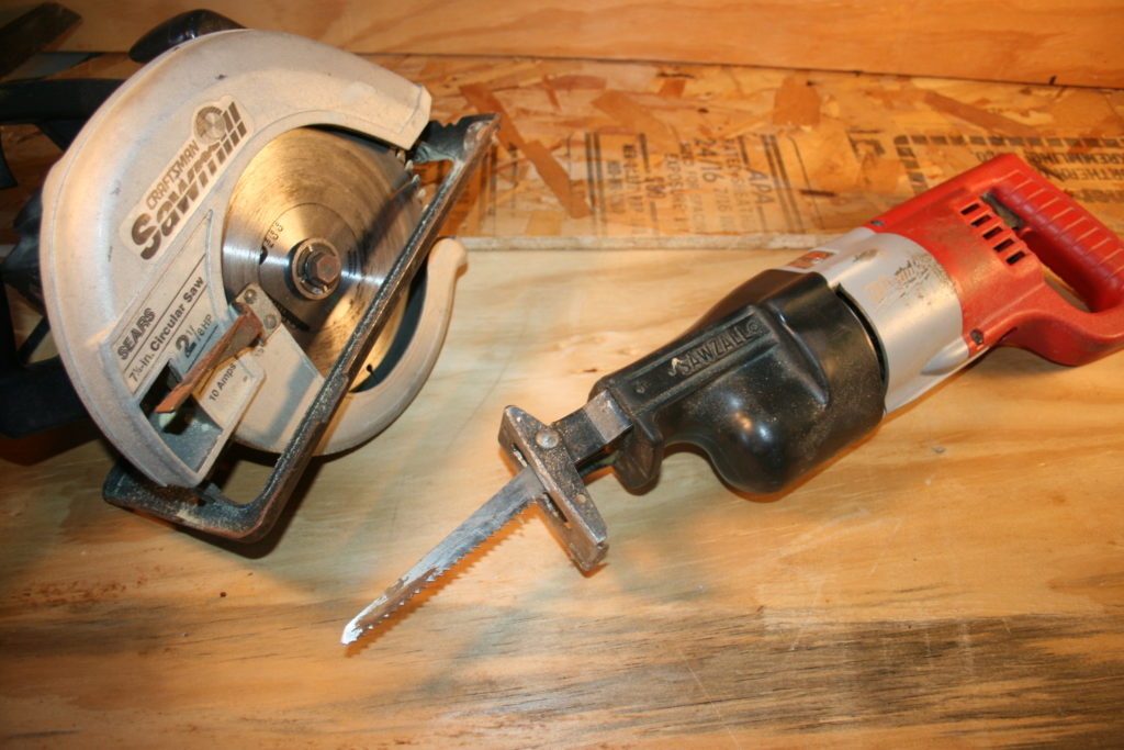 different types of electric saws